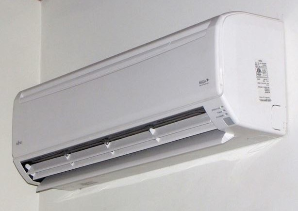 "Ductless Heat Pumps use an indoor air handling unit called a ""head"" that move air in the main living space."